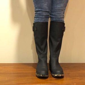 Camo style lined rain boot